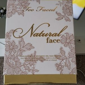Too faced highlight,blush,bronzing veil face palle